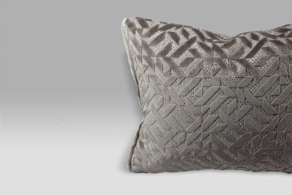 Cuscino 30x40 Dufrene Quartz velluto operato beige Designers Guild