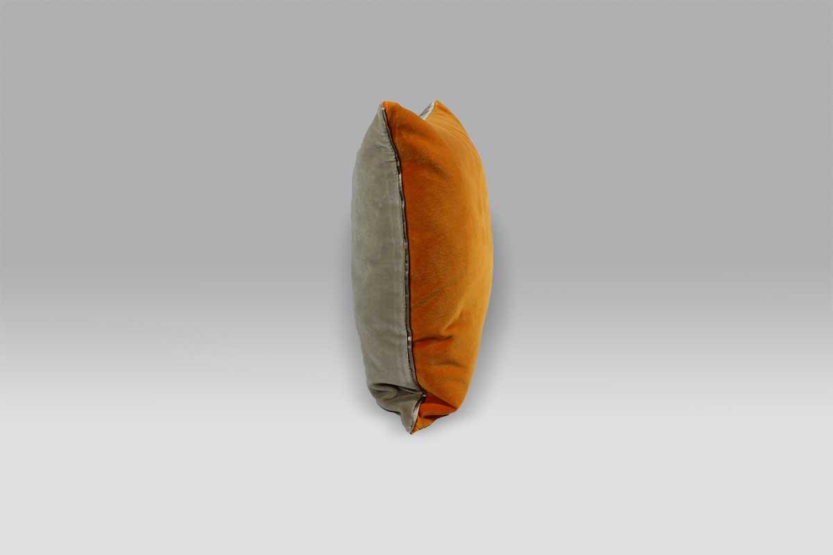 Cuscino 60x45 Cassia Zinnia arancione beige finitura raso seta Designers Guild