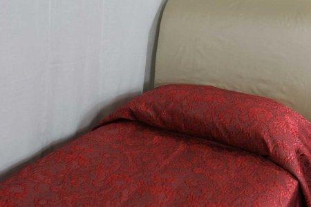 Copriletto Victoria rosso bordeaux La Perla