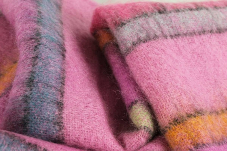 Plaid Riga Fucsia Designers Guild