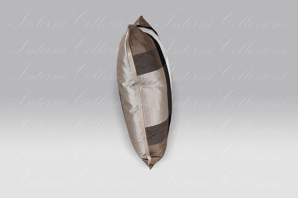 Cuscino Varanasi Taupe silk Designers Guild