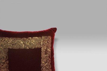 Cuscino Venezia rosso fidelio stampa oro Bagaresi Casa