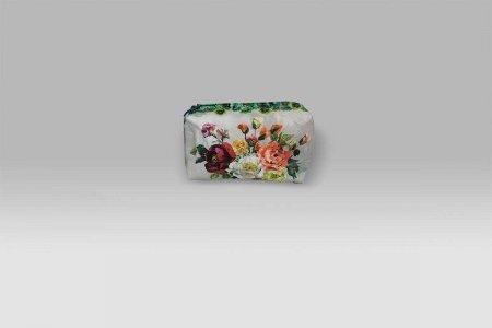 Trousse Grandiflora Rosa Epice medium Designers Guild