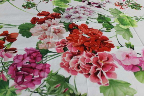Tovaglia Clio stampa floreale su cotone Tessitura Toscana Telerie