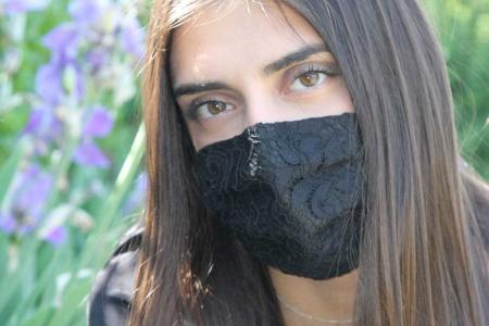 Mascherina Brigitte nero Opificio dei Sogni